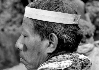 Indianerhäuptling im Urwald, Equador 1980